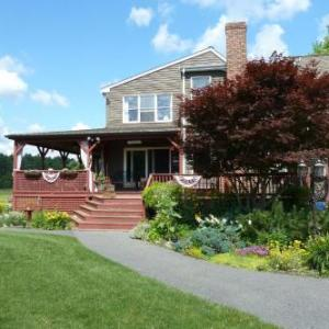 On Cranberry Pond Bed and Breakfast Middleboro